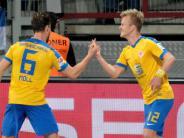 FC Augsburg: Relegation: Warum der FCA wohl Braunschweig die Daumen drückt