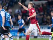 3:2-Sieg inBielefeld: Terodde führt VfB Stuttgart wieder an die Spitze