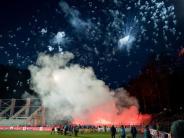 Pyrotechnik in Aue: 8000 Euro Geldstrafe für Karlsruher SC