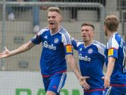Duo kämpft um Relegation: MSV Duisburg und Holstein Kiel steigen auf