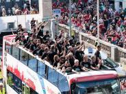 Umbau des Kaders: Nach dem Bundesliga-Aufstieg: Heldt plant das neue 96-Team