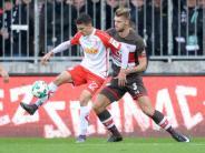 Remis gegen Aufsteiger: Sieglos-Serie von St. Pauli hält auch gegen Regensburg an