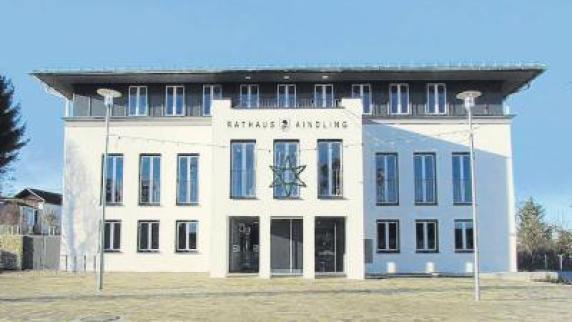 Gemeinderat ii rollrasen in stotzard verlegt - Rollrasen balkon ...
