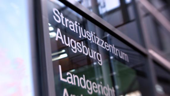 Augsburg: Prozess um Mordversuch: Opfer soll Angeklagten gestalkt haben