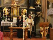 Gottesdienst: Muttergottes im Mittelpunkt der Maiandacht