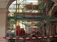 Aichach-Friedberg: Auf der Schlossbaustelle wird's eng