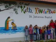 Gestaltung: Bunter Anstrich für das Kinderhaus