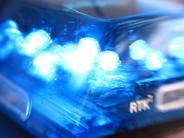 Markt Indersdorf: Straßenglätte: Zwei Unfälle mit zehn jungen Leuten an derselben Stelle