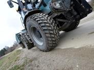 Kreis Neu-Ulm: 31-Jähriger wird von Traktor erfasst und stirbt