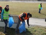 Aktion: Viele packen an, damitAichach sauber wird