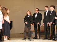 Schule: Aichacher Gymnasiasten singen auf dem Laufsteg