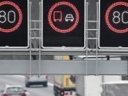Autobahn: A8: Bremst flexibles Tempolimit Unfälle?