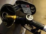 Polizei: Streit um Sprit für 11,9 Cent an Tankstelle inKarlsfeld