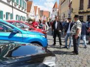 Aichach: Autosonntag lockt viele Besucher nach Aichach