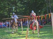 Veranstaltung: Lagerleben und Ritterturnier auf Scherneck