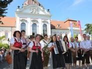 Jubiläum in Ungarn: Stadtmusikanten spielen auf, als Sisi ungarische Königin wird