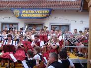 Brunnenhofkonzert: Raffiniert vertonte und bayerisch-böhmische Blasmusik