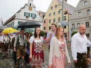 """Aichach: """"O'zapft is"""" beim Aichacher Volksfest"""