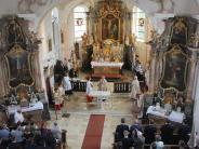 Kirche: Neuer Altar in Gebenhofener Kirche ist geweiht