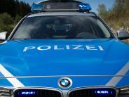 Polizeibericht: Hausbewohner überrascht in Affing einen Einbrecher