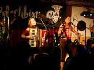 Konzert: Blechbixn servieren im Canadafreche Texte zu fetzigem Beat