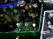 Polizeibericht: Diebe stehlen Leergut aus Getränkemarkt