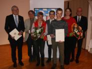 Festakt: Lebensretter und ehrenamtlich Aktive aus dem Landkreis geehrt