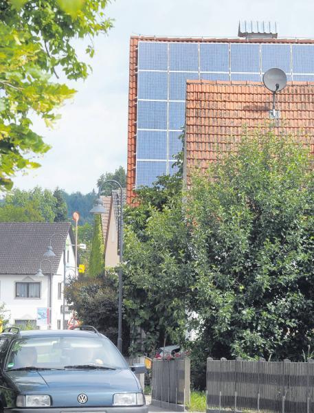 friedberg solarzellen auf dem dach strom aber nicht in. Black Bedroom Furniture Sets. Home Design Ideas
