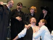 Theater: Ein Stück Fleisch gilt als Bezahlung
