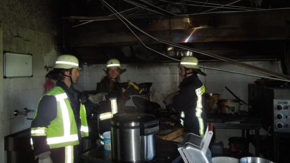 Feuer: Küche im Hainhofer Sportheim brennt aus - Nachrichten ...