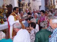 Kirche: Servus, Pater Joby