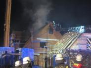 Altenmünster-Baiershofen: Dachstuhl brennt in der Nacht ab