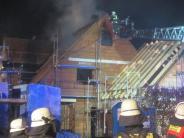 Altenmünster-Baiershofen: Dachstuhl in Baiershofen brennt nachts ab
