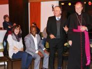 Neusäß: Weihbischof spieltum die Million