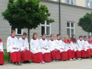 Kloster: Gläubige wünschen den Primizsegen