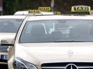 Gersthofen: Fahrgast schlägt Taxifahrer