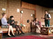 Theater: Zuschauer helfen Miss Marple