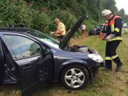 Diedorf/Neusäß: Autos stoßen frontal zusammen