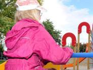 Landkreis Augsburg: Unbekanntelockern Schrauben an Spielplatz-Geräten