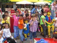 : Flüchtlingskinder staunen über Lego-Bauten