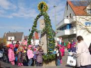 Brauch: Der Osterbrunnen ist fertig