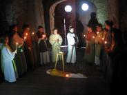 Osterzeit: Bewegende Szenen beim Kreuzweg der Jugend