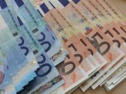 Landkreis Augsburg: Rekordeinnahmen und weniger Ausgaben