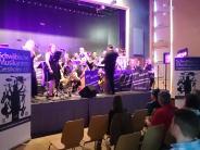 Konzerte: Swing im Pfarrsaal