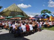 Feier: Viel Musik und Ochs am Spieß beim Gartenfest