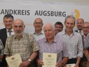 Ehrung: Albert Eichberger ist der Herr der Grenzen