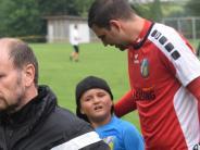 Aystetten: Sorgenvolle Mienen vor dem Derby