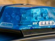 Adelsried: Radfahrerin stößt mit Auto zusammen und wirdschwer verletzt