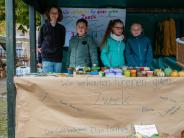 : Kinder basteln und verkaufen fürs Tierheim