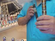 Rauchen: Warum immer mehr Menschen E-Zigaretten qualmen